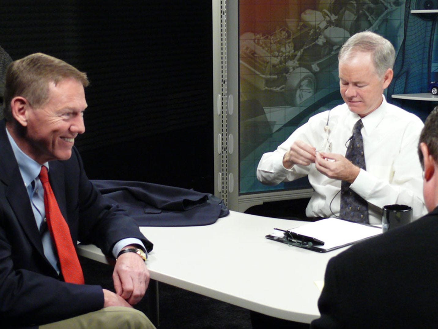 "Former Ford CEO Alan Mulally, left, is seen here with host John McElroy during a 2009 ""Autoline"" interview. Mulally hired Jim Farley, who became CEO on Thursday, just prior to the Great Recession to help strengthen the company."